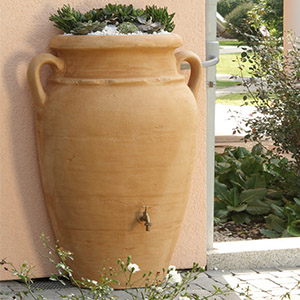 deposito-agua-anfora-pared